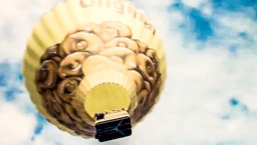 Hot Air Balloon Paraglide Stunt