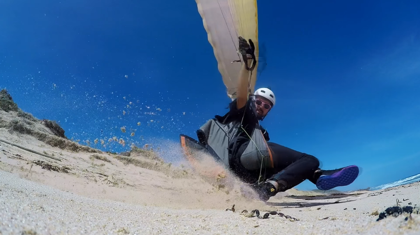 FreeStyle Dune Flying   Paragliding