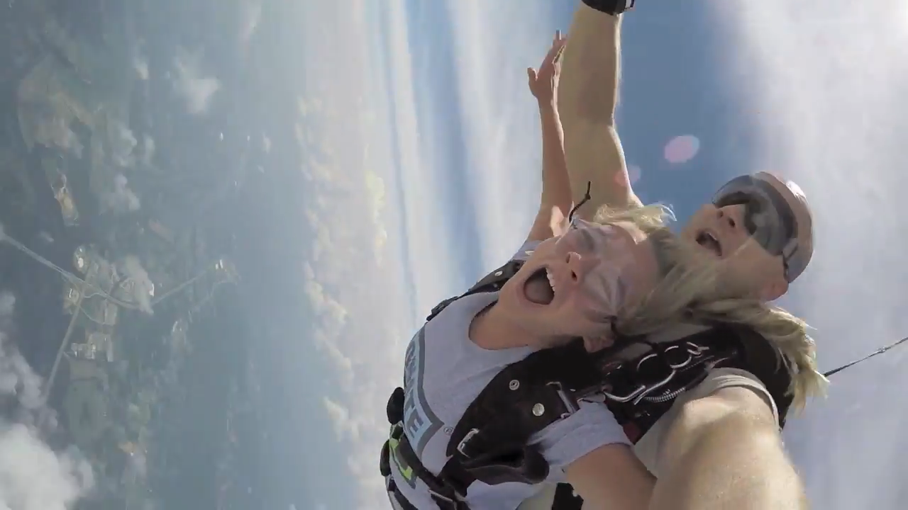 Releases endorphins doing Skydive. The best anti-stress therapy