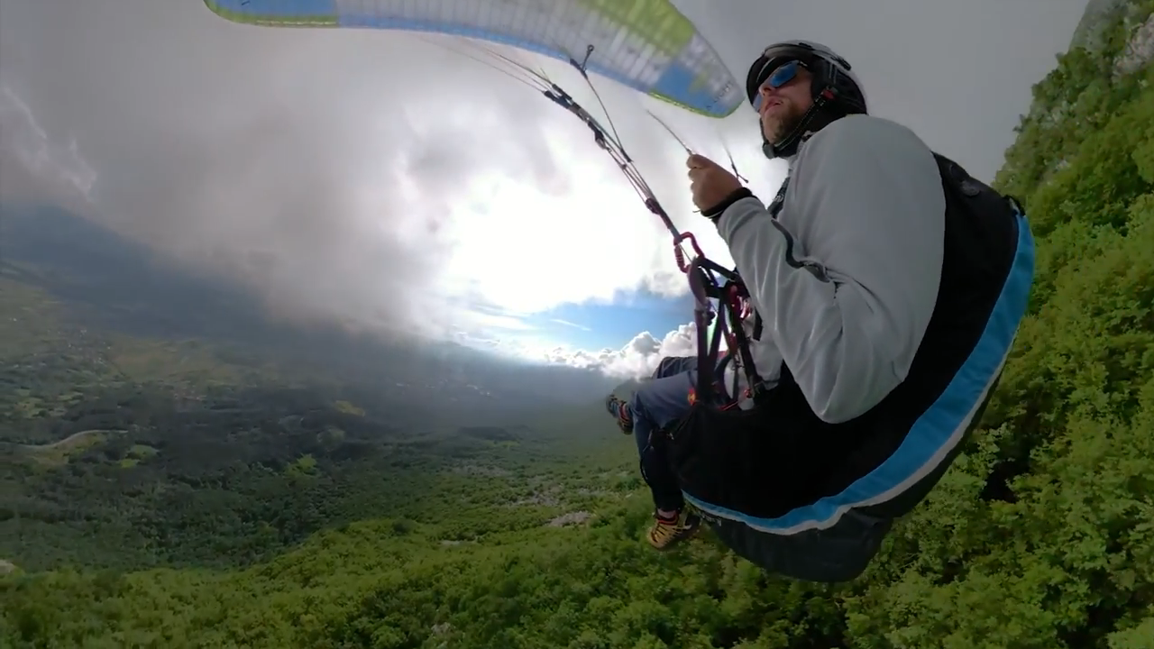 Screenshotter GoProFusionfirsttryparagliding 0'18""