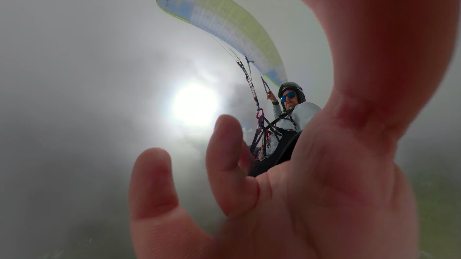 Screenshotter GoProFusionfirsttryparagliding 1'16""