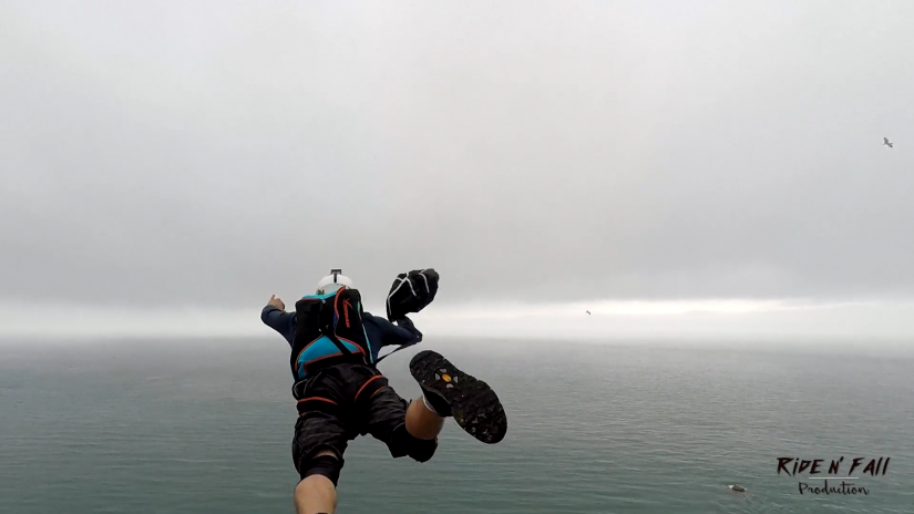 "Screenshotter NormandieBaseJumpSessionByRidenFallProductiononVimeo 1'46"" 1"