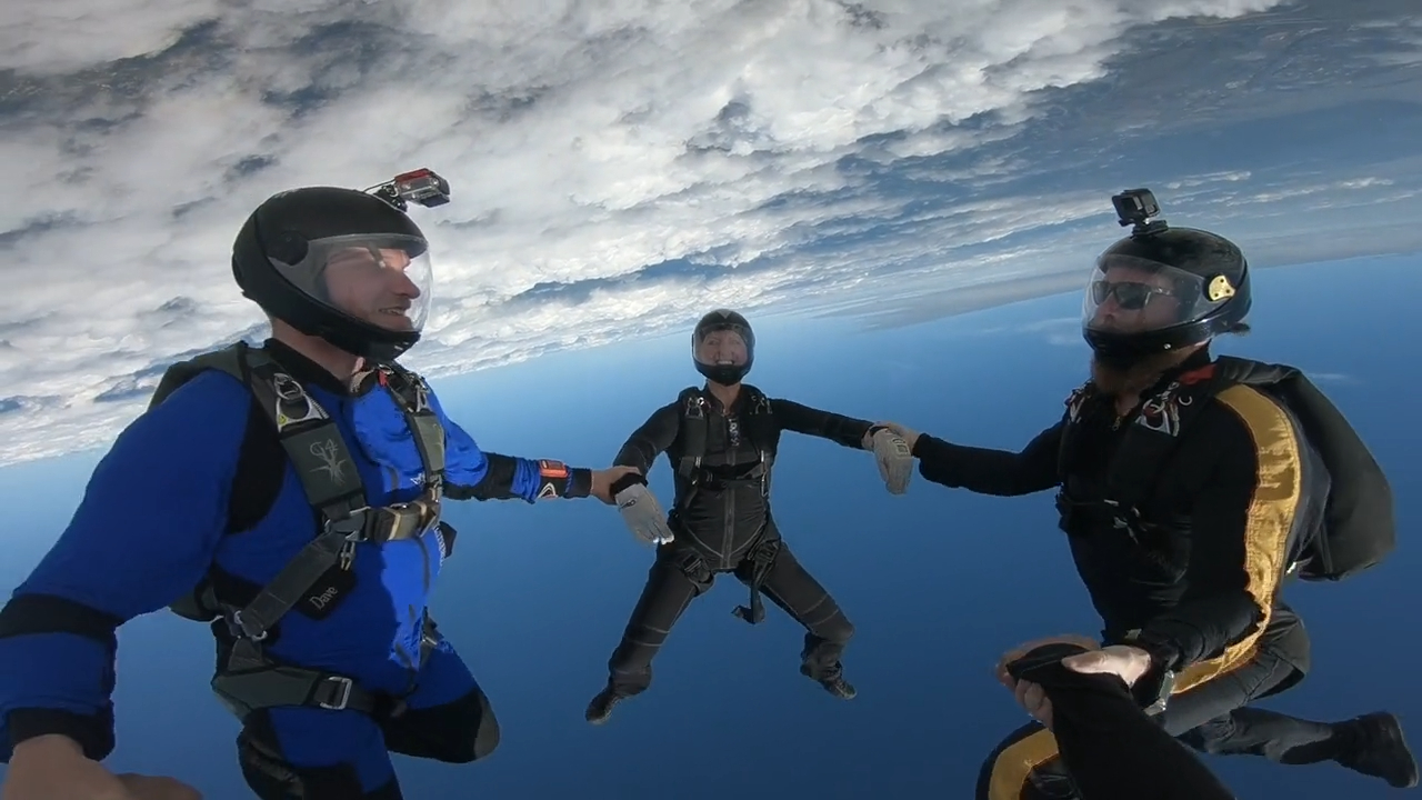 Fun Skydiving Freestyle!