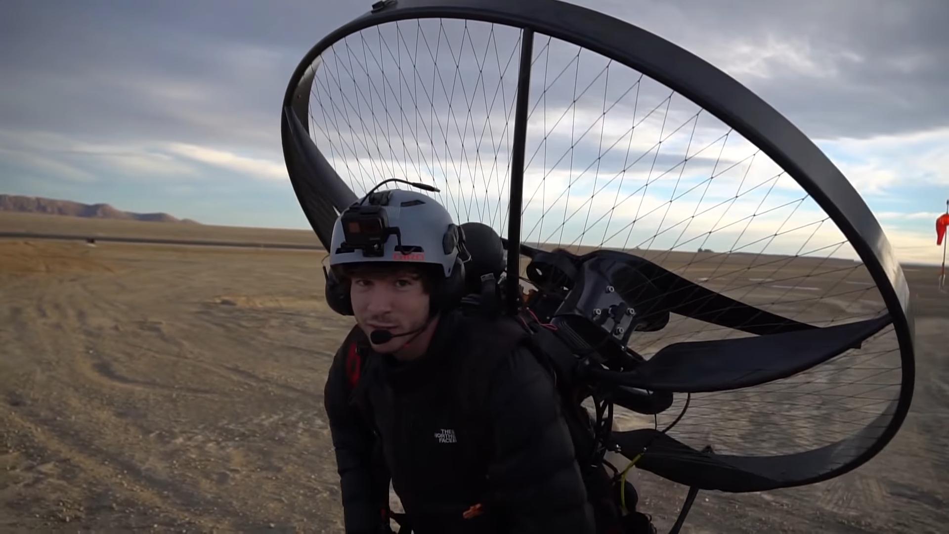 "Screenshotter Flyingovera27millionyearoldvolcaniccore 2'04"""