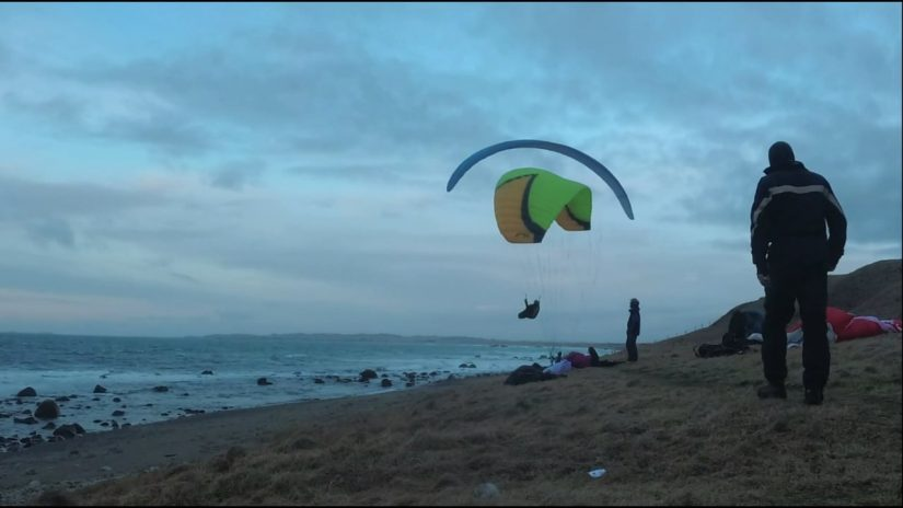 Paragliding at Reve in strong wind. Feb.10.2019.
